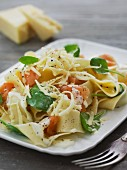 Tagliatelle with smoked salmon, basil and grated cheese