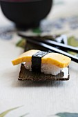 Nigiri sushi with omelette