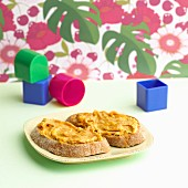 Almond and apricot spread