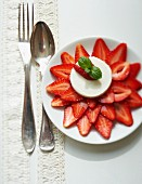 Strawberries with goat's cream cheese