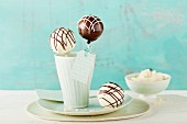 Cake pops with white and dark glaze