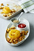 Potato nests with cauliflower and dips