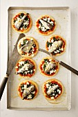Mini pizzas with sardines
