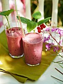 Redcurrant milkshakes with vanilla ice cream