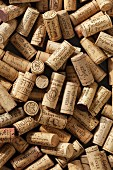 Wine corks (full-frame)