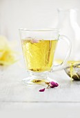 Rose petal tea to curb sweet cravings