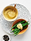 Green beans with a pepper dip