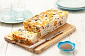 Vegetable terrine with courgettes, carrots, pepper, eggs and cream