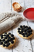 Blackberry tartlets with confectioner's cream