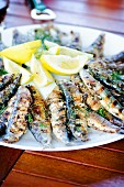 Grilled sardines with lemons and fresh fennel
