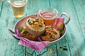 Pumpkin muffins with apple