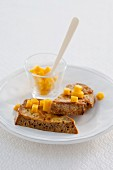Wholemeal French toast with mango