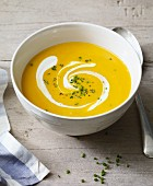 Cream of pumpkin soup with sour cream for an alkaline diet