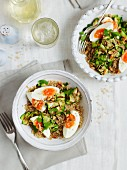 Quinoa with courgette strips and soft-boiled eggs