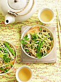 Egg noodles with peas and beans (Asia)