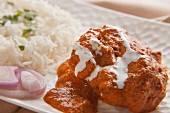 Butter chicken (chicken curry with rice, India)