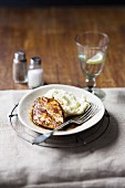 Balsamic chicken breast with mashed potatoes
