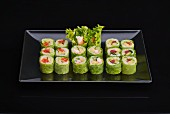 Lettuce rolls with fish and avocado