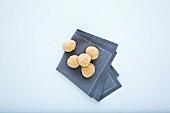 White tonka bean truffle pralines