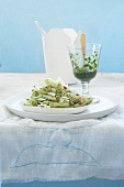 Rigatoni with courgettes and lemon pesto