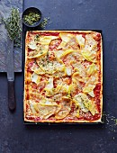 Pizza with swede, chicken and thyme