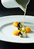 Black salsify with yellow fish roe and Hollandaise sauce