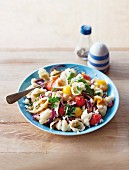 Shell pasta with cherry tomatoes and ricotta
