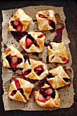 Berry puff pastries