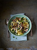 Yellow courgette linguine with clams