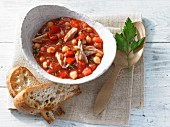 Chickpea and tuna fish ragout