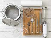 Kitchen utensils for making vegetables and pasta