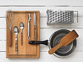 Kitchen utensils for preparing hash browns