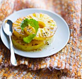 Caramelized pineapple slices with lime