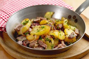 Tiroler Gröstl (fried potatoes with beef)