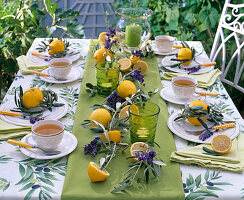 zitronen oliven tischdeko bild kaufen friedrich strauss gartenbildagentur. Black Bedroom Furniture Sets. Home Design Ideas