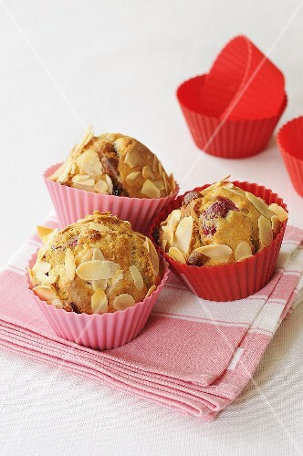 Cranberry muffins with slivered almonds