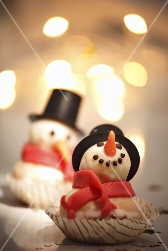 A marzipan snowman for Christmas