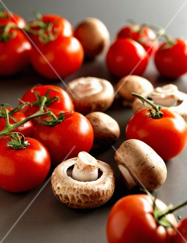 Tomatoes and mushrooms