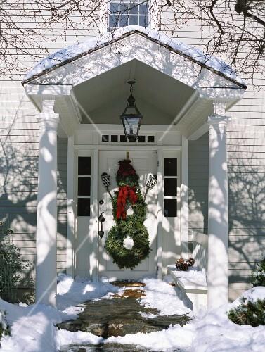 schneemann aus t rkr nzen weihnachtsdeko usa bild kaufen 853779 stockfood. Black Bedroom Furniture Sets. Home Design Ideas