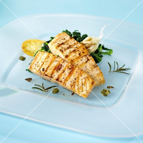Grilled salmon with rosemary – buy images – StockFood