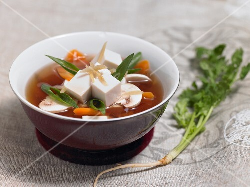 Oriental soup with tofu