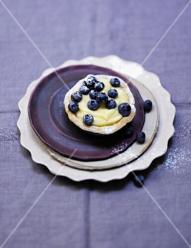 A buckwheat tartlet with blueberries
