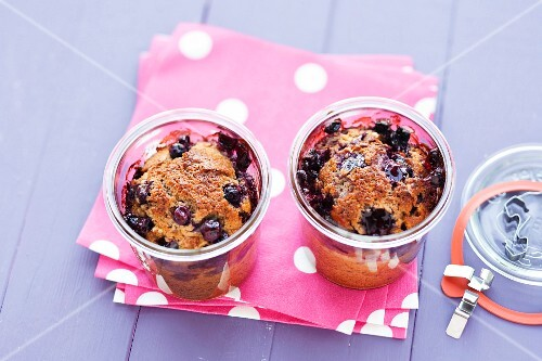 Blueberry cake with walnuts baked in glasses