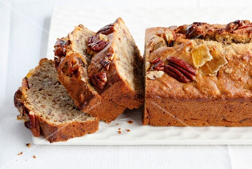 Banana bread with pecan nuts