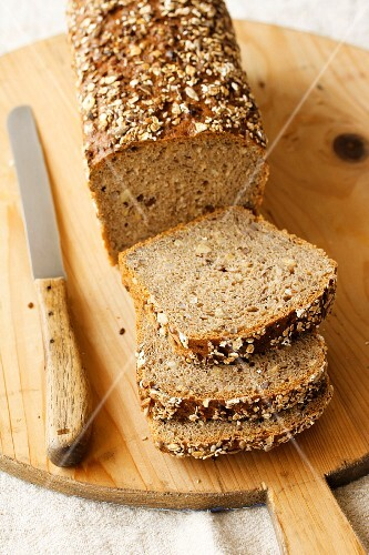 Wholemeal bread, sliced