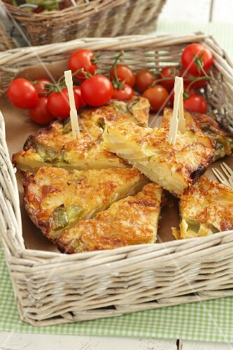 Frittata di patate (Italain potato tortilla)