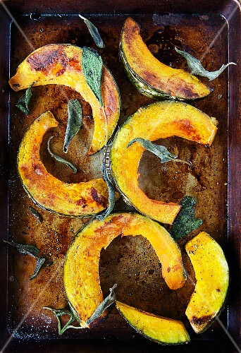 Wedges of Roasted Acorn Squash with Sage; In Roasting Pan; From Above