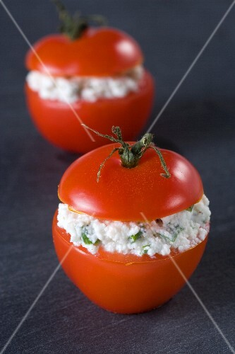 Tomatoes filled with Brousse cheese