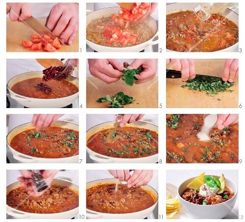 chili con carne zubereiten bild kaufen 11095695 stockfood. Black Bedroom Furniture Sets. Home Design Ideas