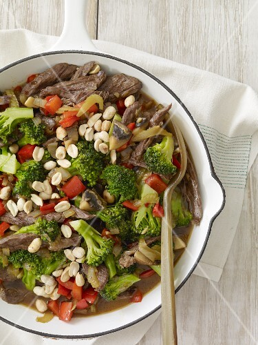 Beef and Broccoli Stir Fry in a Skillet